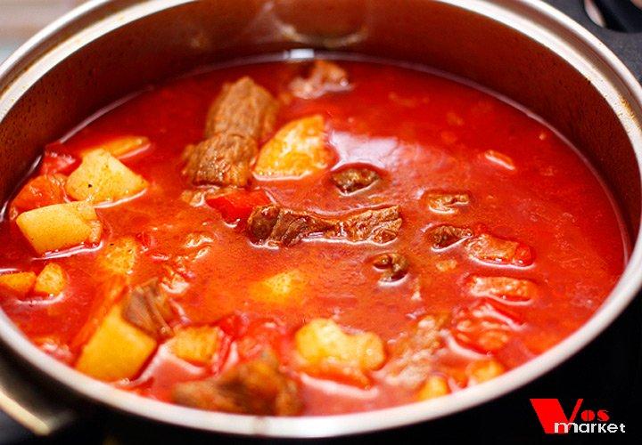 Гуляш из говядины по-венгерски с подливкой рецепт пошагово