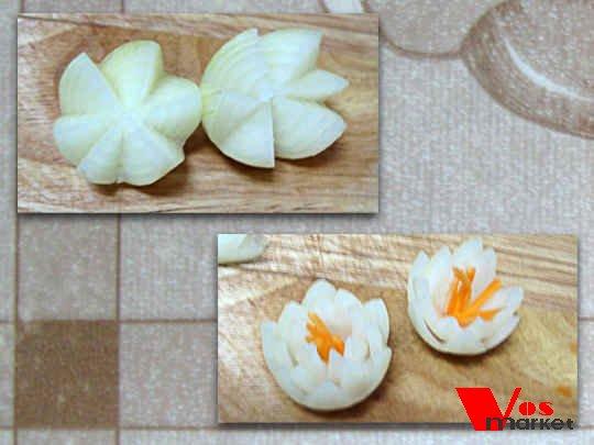 Как сделать цветы из яиц для заливного