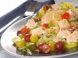 Главное фото рецепта Куриный салат с виноградом