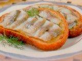 Главное фото рецепта Бутерброд с сельдью