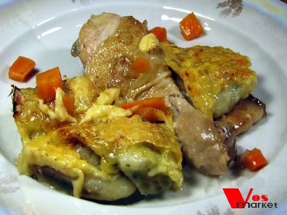 Курица с клецками и сыром в духовке