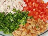 Измельченные овощи и грибы