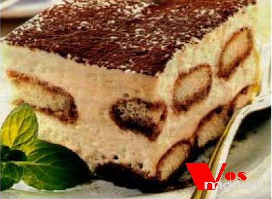 Кусочек десерта тирамису