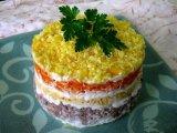 Фото готового блюда: Салат Мимоза с сыром
