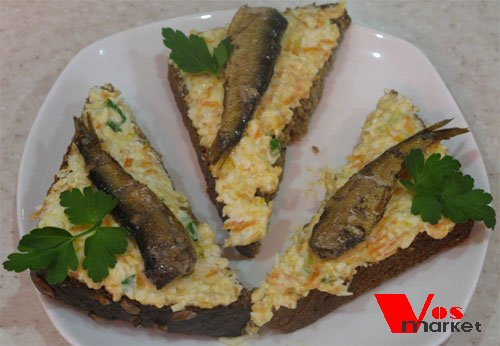 Готовые бутерброды с шпротами