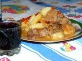Порция мяса с картошкой