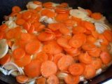 Морковь в казане