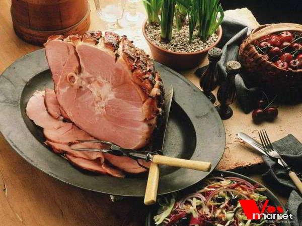 Кусок мясного деликатеса