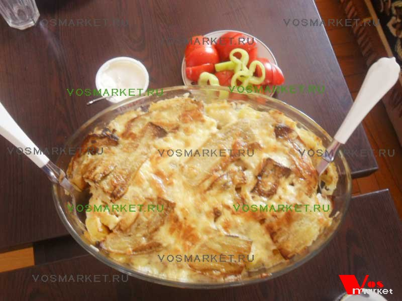Готовая запеканка с картошкой и баклажанами