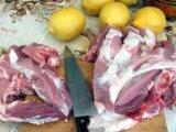 Свежая свиная шейка