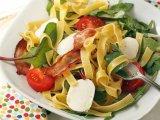 Фото готового блюда: Салат с макаронами