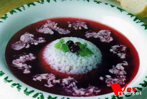 Готовый суп из черники