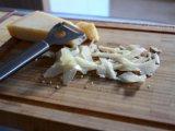 Мелко нарезанный сыр