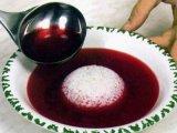 Суп в тарелке с рисом