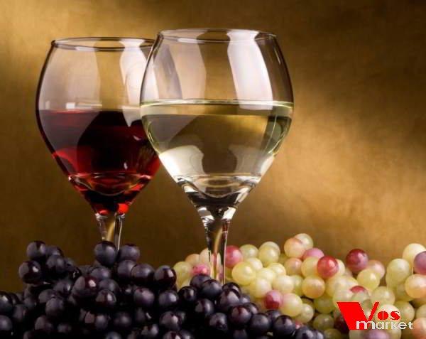 Белый и черный виноград