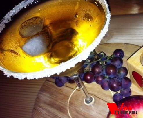 Готовый коктейль с мартини