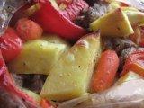 Готовое мяса с овощами в рукаве