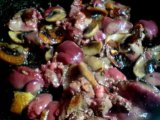 Обжарка грибов с печенью и чесноком