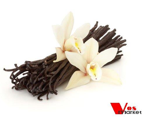 Стручок ванили с цветком