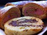 Фото готового блюда: Бисквитный рулет с медом