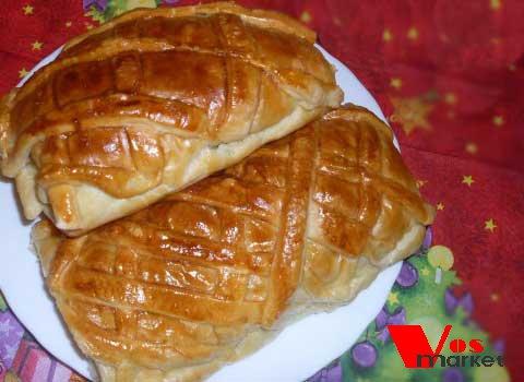Готовый пирог из куриной грудки с грибами