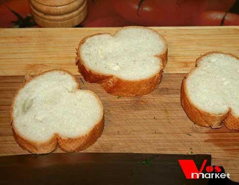 Дольки хлеба для гренок