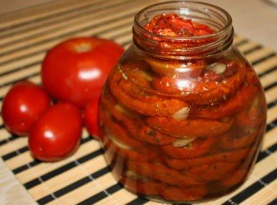 Вяленые помидоры в банке