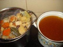 Фото готового блюда: Как приготовить овощной бульон