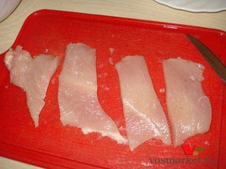 Порезать куриное филе кусочки