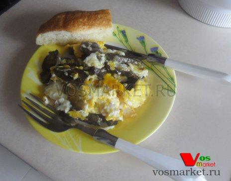 Вот так будет выглядеть готовая яичница с говяжьей печенью