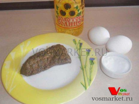 Ингредиенты для приготовления яичницы с говяжий печенью