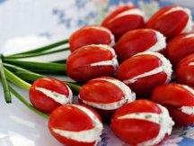 Главное фото рецепта Тюльпаны из помидоров