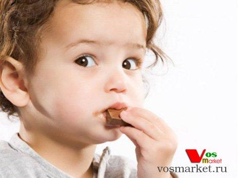 С какого возраста давать детям шоколад
