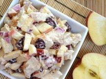 Главное фото рецепта Салат с яблоком и курицей