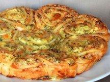 Фото готового блюда: Закусочный пирог с фетой