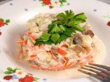Главное фото рецепта Салат из сельди по-киевски