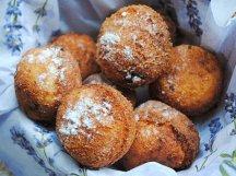 Фото готового блюда: Творожные пончики