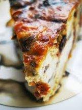Фото готового блюда: Пирог с вялеными помидорами