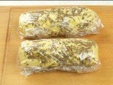 Колбаски из теста в пленке