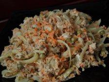 Фото готового блюда: Салат с мясом и горошком