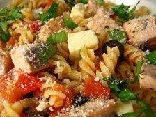 Главное фото рецепта Рыбный салат с макаронами