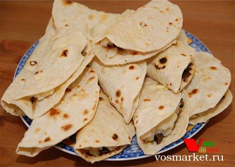 Татарский кустыбый с картошкой в тарелочке