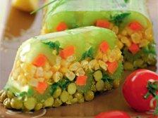 Фото готового блюда: Заливное из овощей