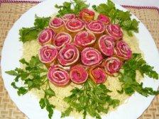 Готовый салат роза