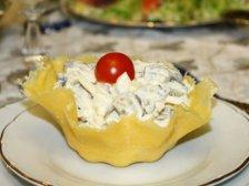 Фото готового блюда: Сырные тарталетки с кальмарами