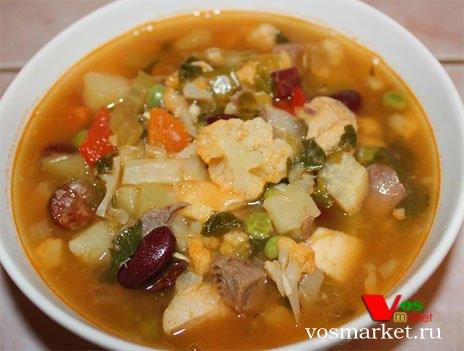 Суп из говядины с фасолью и цветной капустой