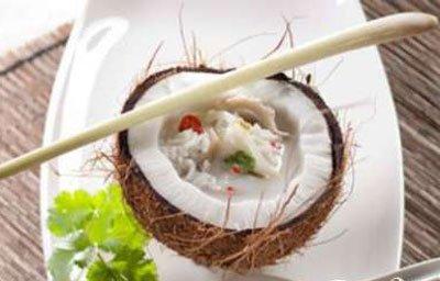 Суп кокосовый с грибами