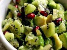 Фото готового блюда: Салат с киви и авокадо