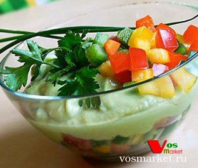 Фото готового блюда: Огуречный суп с авокадо