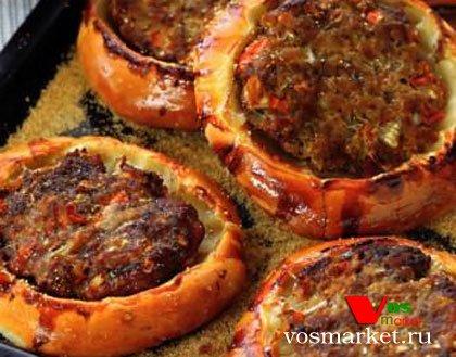 Фото готового блюда: Ватрушки с мясом
